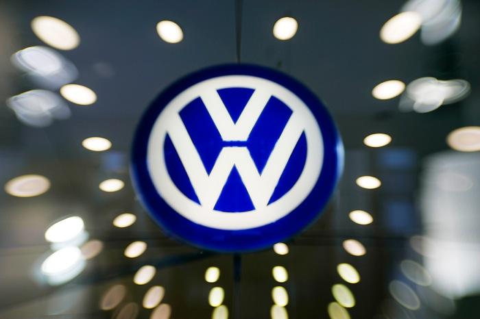 Αναστέλλονται οι πωλήσεις των «ύποπτων» Volkswagen