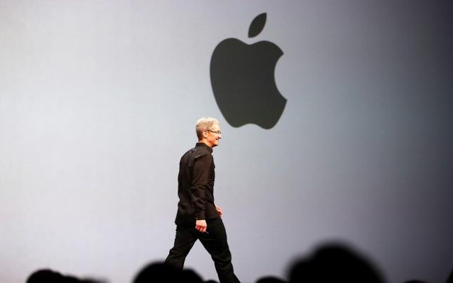 Πτώση κερδών και αύξηση εσόδων για την Apple