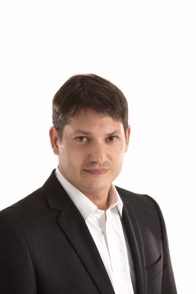 Δανιήλ Μπεζεριάνος