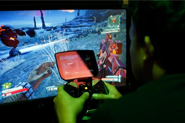 Xbox One και Playstation 4 μονοπωλούν το ενδιαφέρον