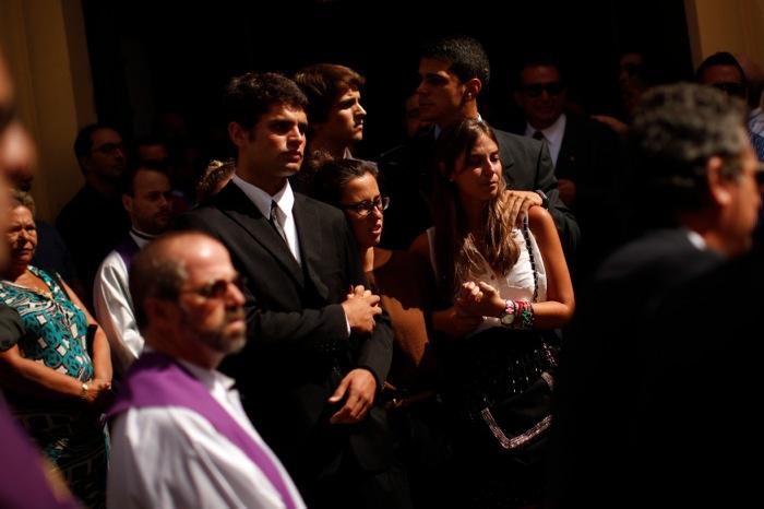 Απαντήσεις ζητούν οι επιζώντες της τραγωδίας στην Ισπανία