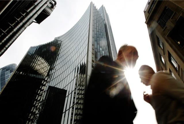 «Μεγάλος Αδερφός» στους Ευρωπαίους τραπεζίτες