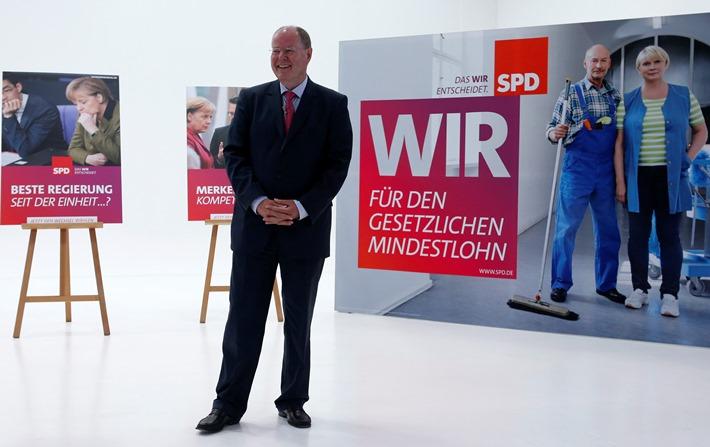 Διαφαινόμενη παραίτηση Στάινμπρουκ από την ηγεσία του SPD