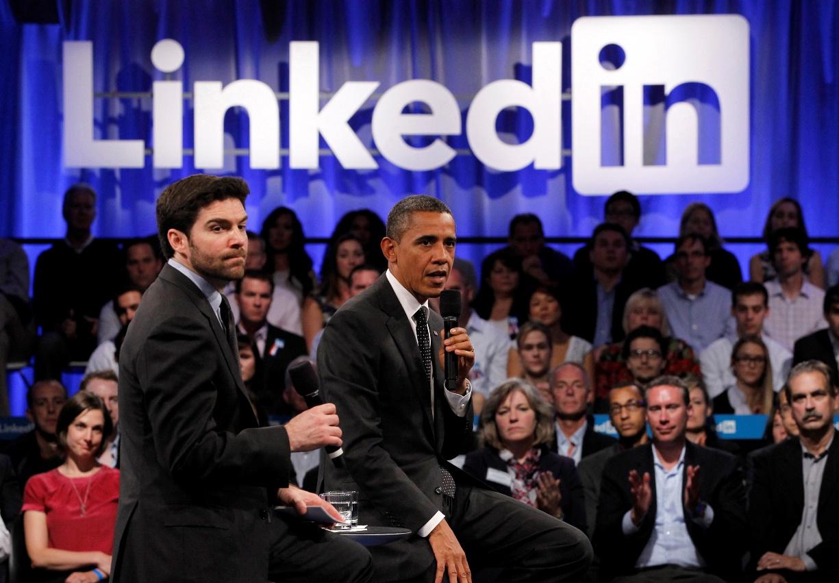 Τι συμβαίνει με το LinkedIn;