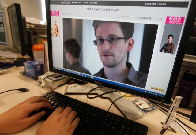 Ρωσικός ιστότοπος προσφέρει δουλειά στον Σνόουντεν