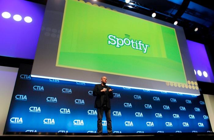 Μπορεί το Spotify να μειώσει την πειρατεία;
