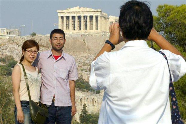 Οι Κινέζοι γίνονται Έλληνες!