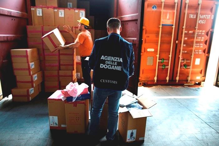 ΕΕ: Ένα δισ. σε πλαστά προϊόντα κατασχέθηκαν το 2012