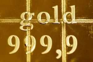 gold RTR3BT5I