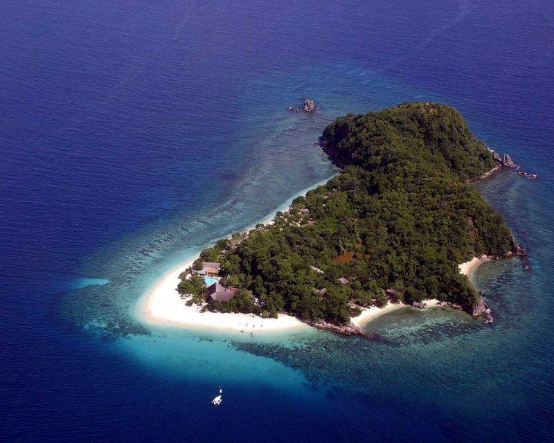 H νήσος Καρδιώτισσα Σικίνου.