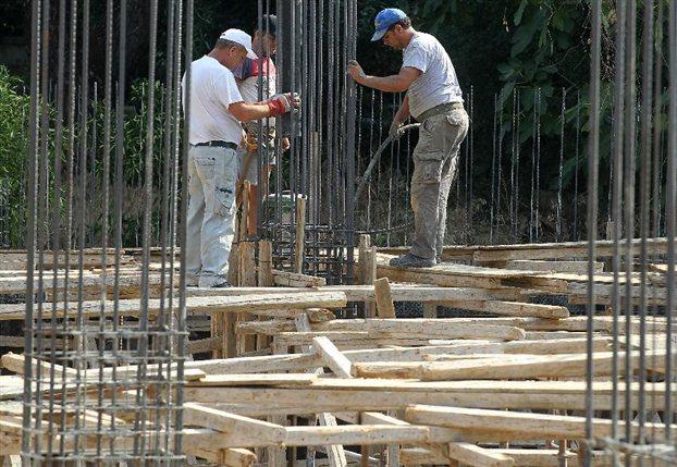ΕΛ.ΣΤΑΤ: Στο «υπόγειο» η οικοδομική δραστηριότητα