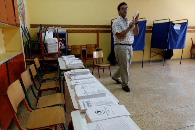 Κουβέλης – Καραόγλου: Αλλαγή πολιτικής κι όχι πρόωρες εκλογές