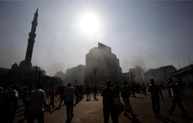 Αναίμακτη πολιορκία τεμένους στο Κάιρο