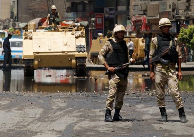 Οι παράπλευρες απώλειες των αιγυπτιακών αναταραχών