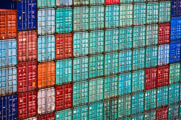Μεγάλη μείωση των εξαγωγών τον Φεβρουάριο