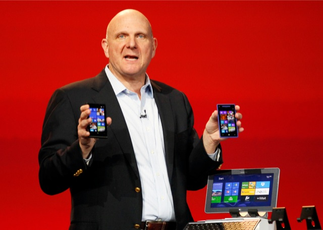 Ο Στιβ Μπάλμερ αφήνει -επιτέλους- το τιμόνι της Microsoft