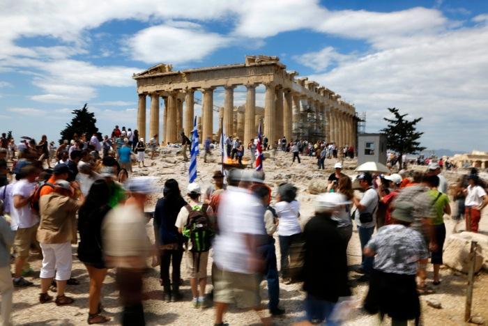 Οι Ρώσοι αναμένεται να κατακλύσουν ξανά την Ελλάδα