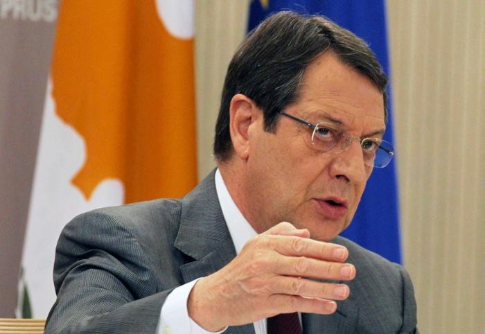 «Η Κύπρος βρέθηκε με το πιστόλι στον κρόταφο»
