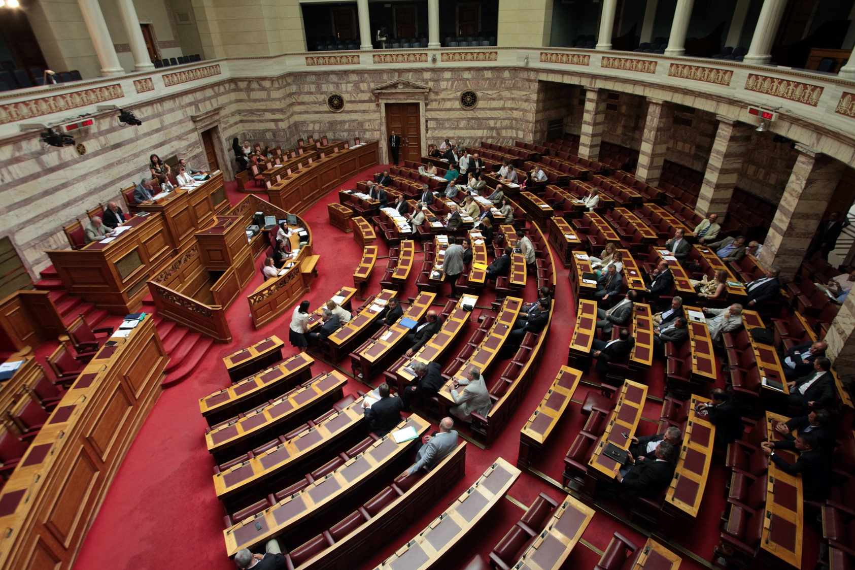 «Μύλος» στη Βουλή για τα κρατικά λαχεία