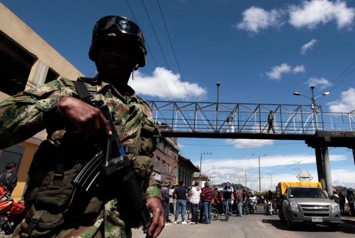 Στρατός στους δρόμους της Μπογκοτά