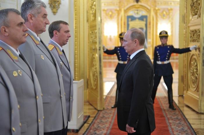 Ρωσία: «Απαράδεκτες οι απειλές Ομπάμα»