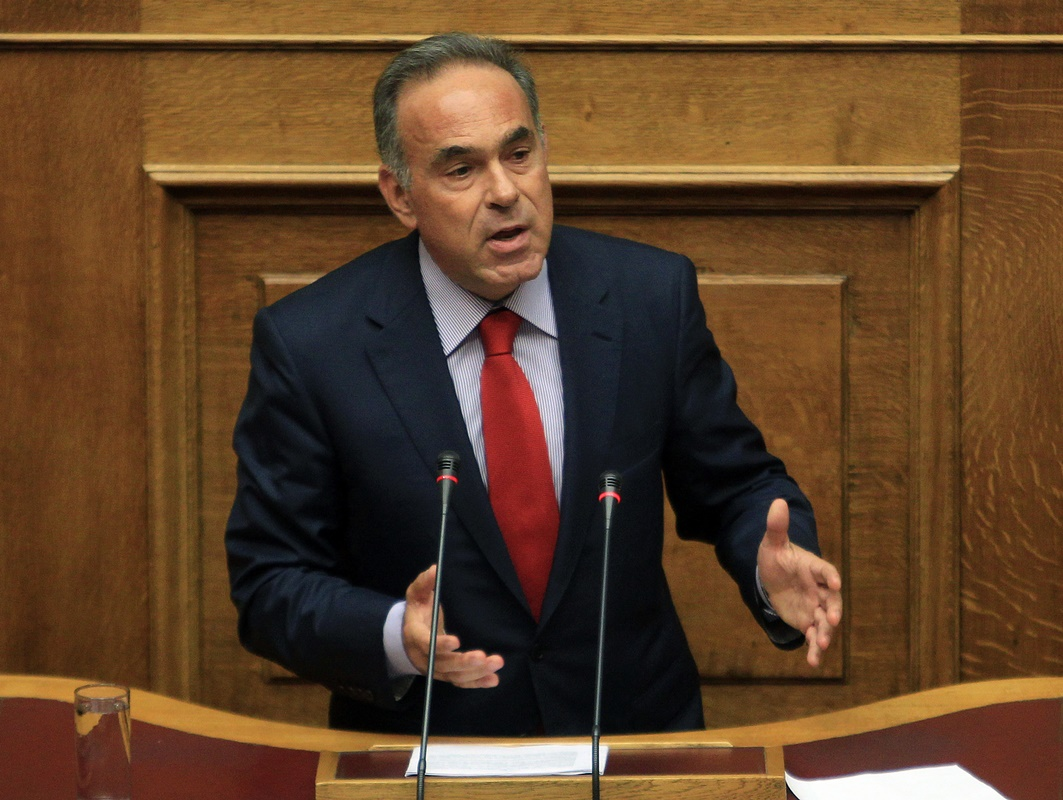 Αρβανιτόπουλος: «Δεν θα επιστρατευτούν οι καθηγητές σε περίπτωση απεργίας»