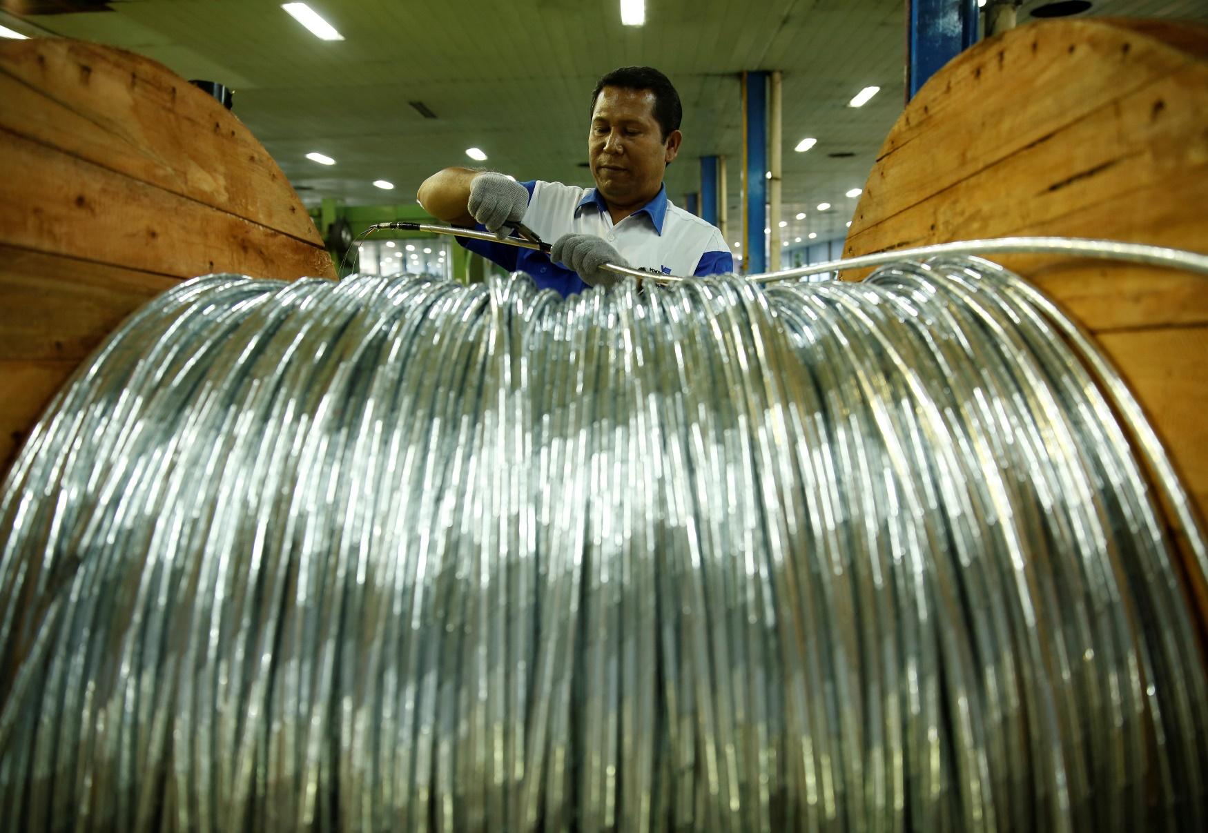 Δείχνει τα δόντια της η κινεζική οικονομία