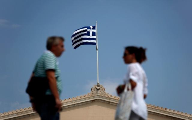 «Να παραιτηθεί η Ελλάδα από την προεδρία της ΕΕ»