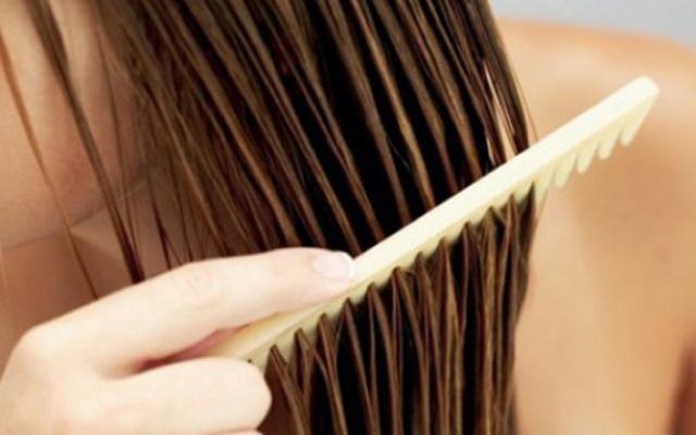 Έξι προτάσεις για υγιή μαλλιά μετά τις διακοπές