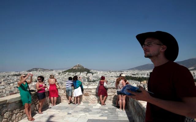 Θετικά μηνύματα από τη φετινή τουριστική περίοδο