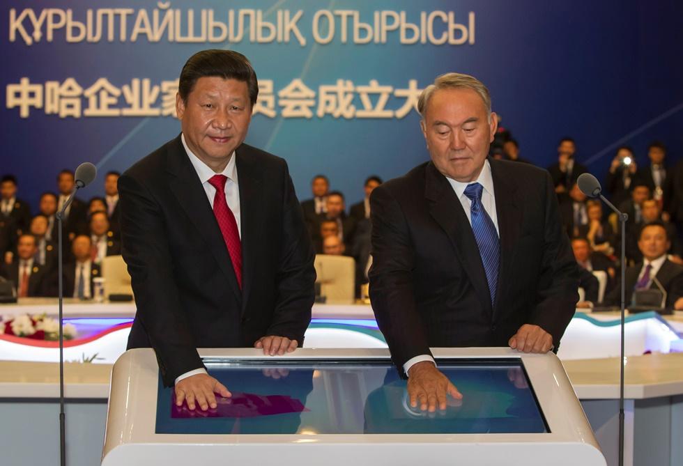 Κίνα και Καζακστάν υπογράφουν 22 συμφωνίες ύψους 30 δισ. ευρώ