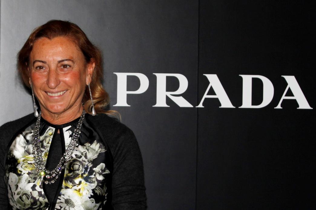 Το Μεγανήσι «φοράει» Prada!