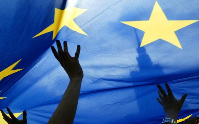 «Ζεσταίνει τις μηχανές» η κυβέρνηση για την προεδρία της Ε.Ε.