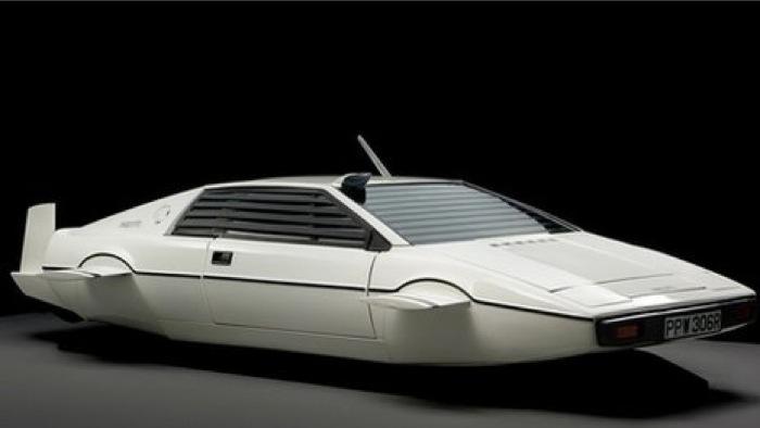 Στο «σφυρί» το υποβρύχιο αυτοκίνητο του Τζέιμς Μποντ