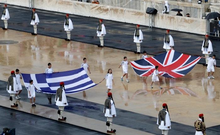 Όταν η ζωή στην Ελλάδα δεν αντιγράφει τα reality show