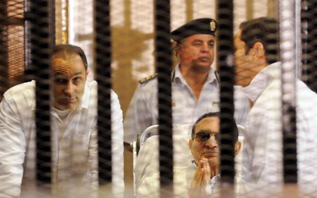 Για τον Οκτώβριο αναβλήθηκε η δίκη Μουμπάρακ