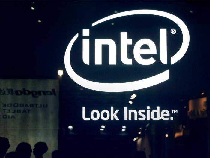 Η Intel μπαίνει στην αγορά των «φορετών συσκευών»