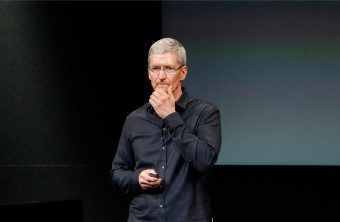 Πώς μπορεί ο Τιμ Κουκ να σώσει τον εαυτό του (και την Apple)