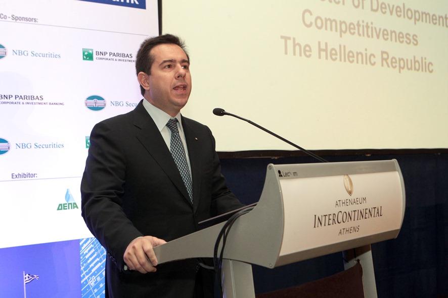 Μηταράκης: «Κανείς δεν χαίρεται όταν φεύγουν επιχειρήσεις από την Ελλάδα»
