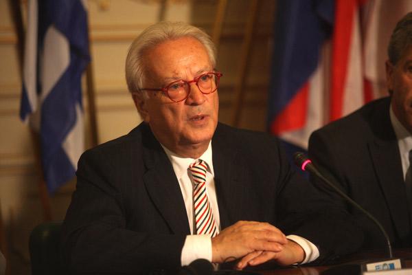 Σβόμποντα: «Απαράδεκτη η Ελλάδα αν δεν καταφέρει να σταματήσει τη ΧΑ»