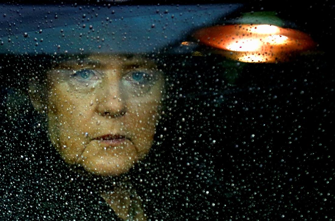 FT: Γιατί το γερμανικό «κατεστημένο» ψηφίζει Μέρκελ