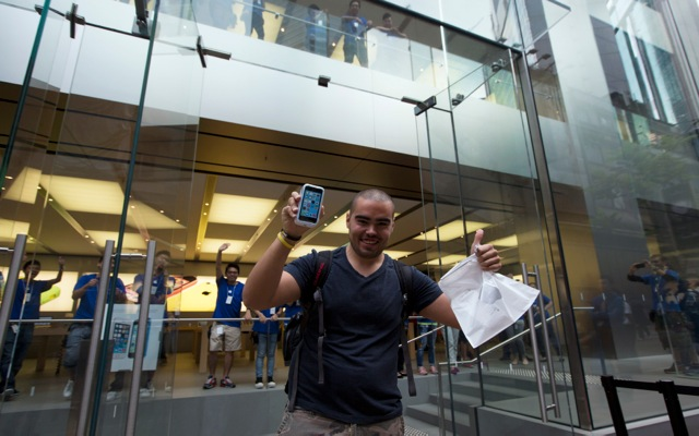 Sold out το iPhone 5S στις ΗΠΑ!