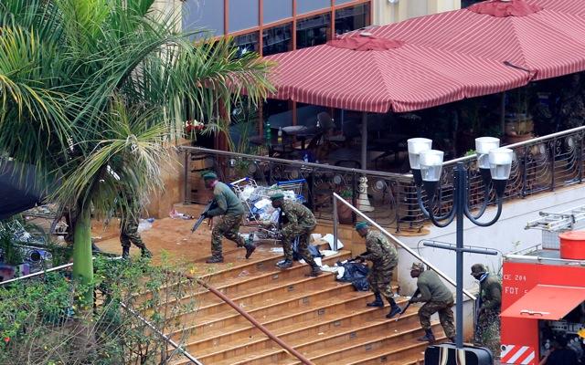 Εξουδετερώνει εκρηκτικά στο Westgate ο κενυατικός στρατός