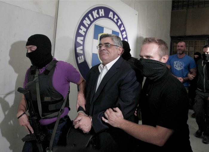 Συλλήψεις βουλευτών της Χρυσής Αυγής