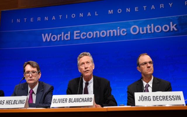 Ρυθμό ανάπτυξης 0,6% το 2014 προβλέπει το ΔΝΤ
