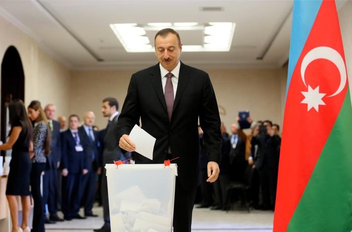 Ποσοστό 84% δίνουν τα exit polls στον πρόεδρο του Αζερμπαϊτζάν, Αλίγεφ
