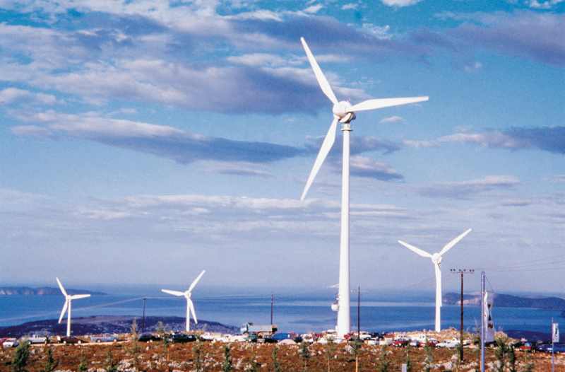 «Ξεπαγώνουν» οι fast track ενεργειακές επενδύσεις