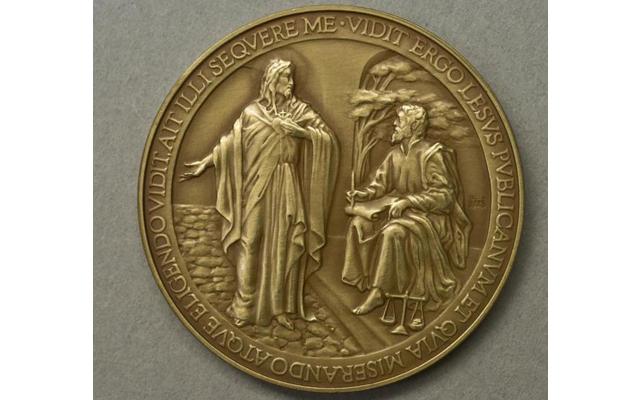 Το νομισματοκοπείο της Ιταλίας μπέρδεψε το όνομα του Ιησού!