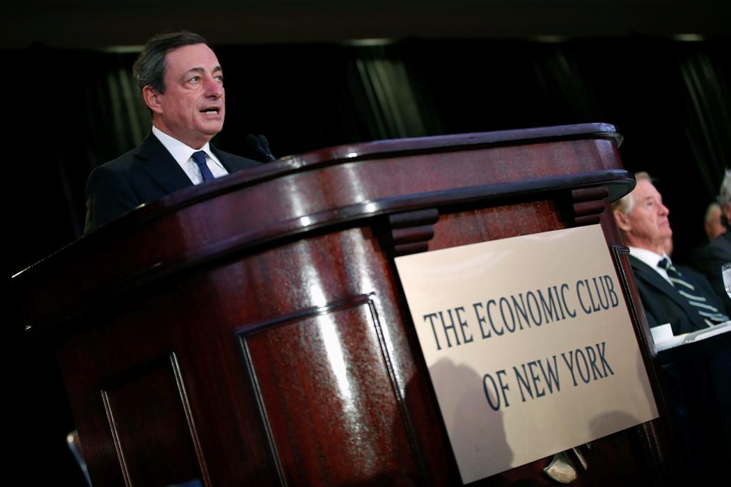 Ντράγκι : «Η Ελλάδα δεν θα χρεοκοπήσει»