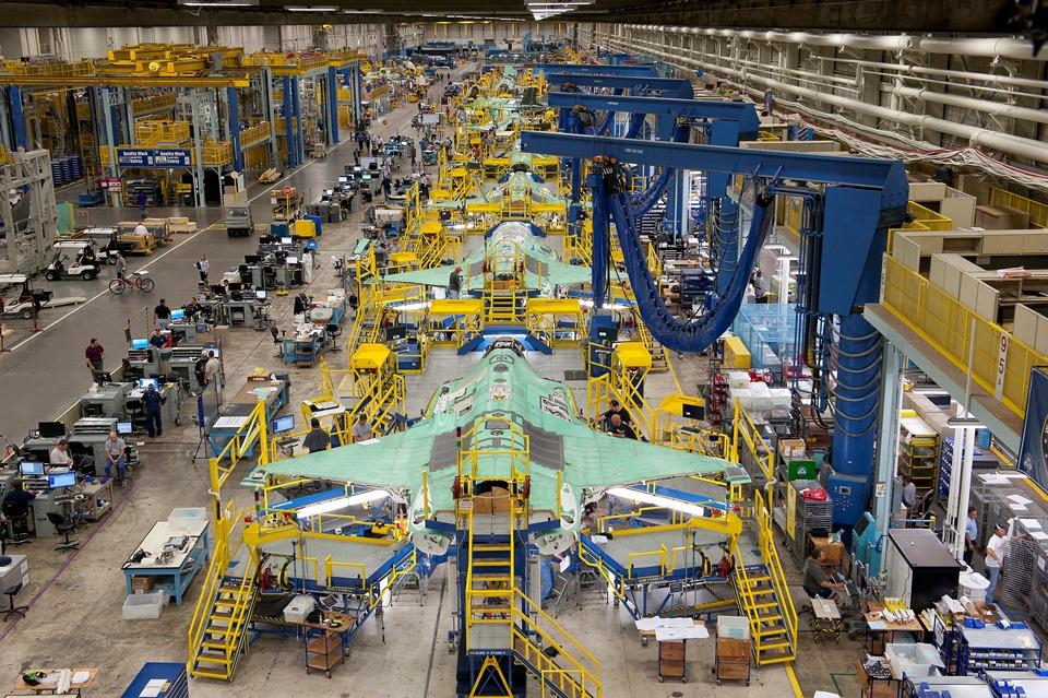 H Lockheed Martin απολύει 600 εργαζομένους